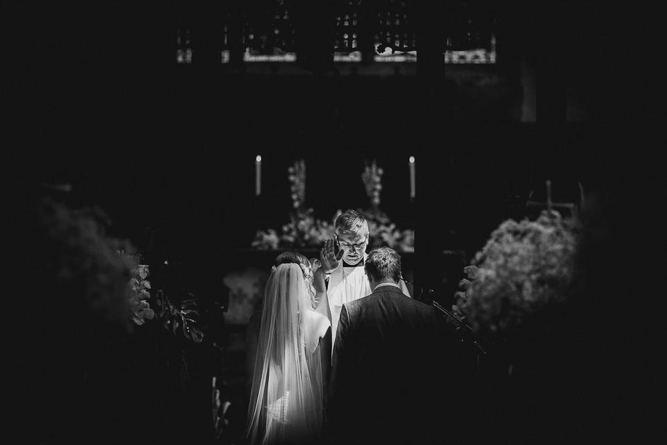 Best-alternative-wedding-photographer010