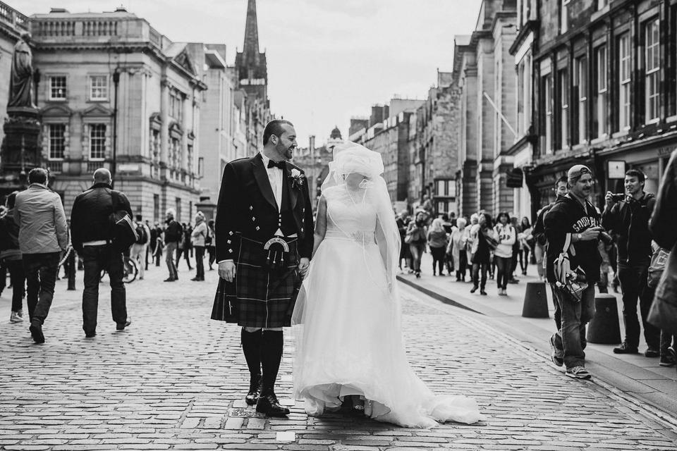 Best-alternative-wedding-photographer055