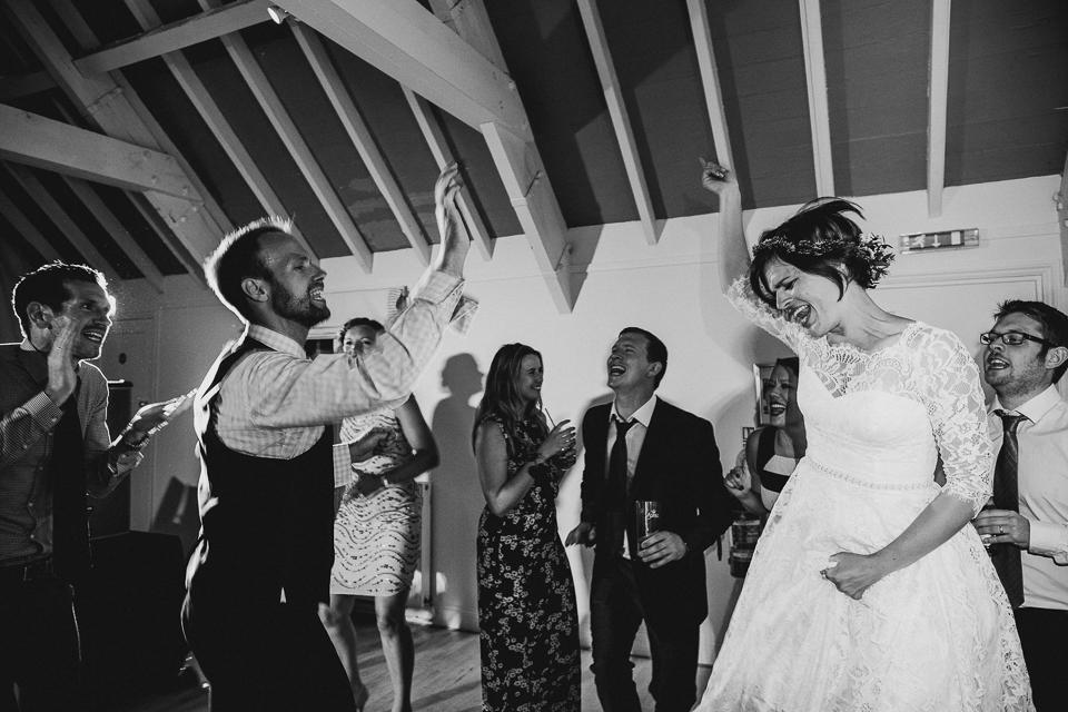 Best-alternative-wedding-photographer099