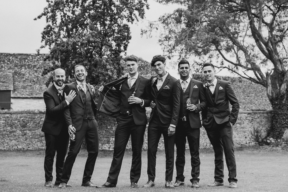 Best-alternative-wedding-photographer136