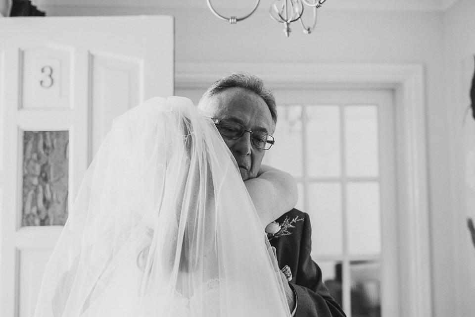 Best-wedding-photographer-Buckinghamshire010