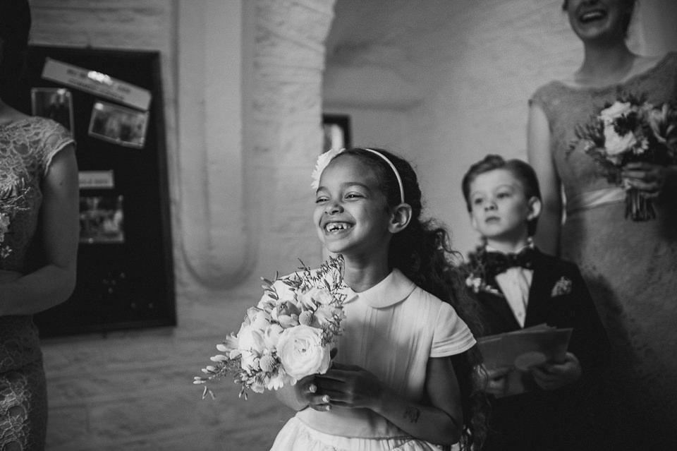 Best-wedding-photographer-Buckinghamshire012