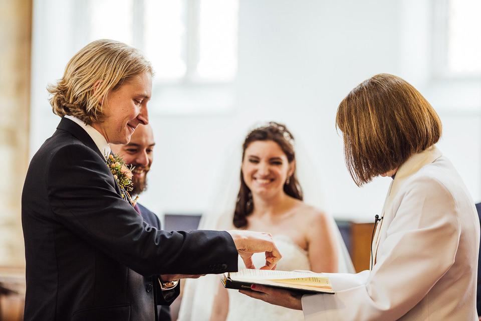 Best-wedding-photographer-Buckinghamshire021