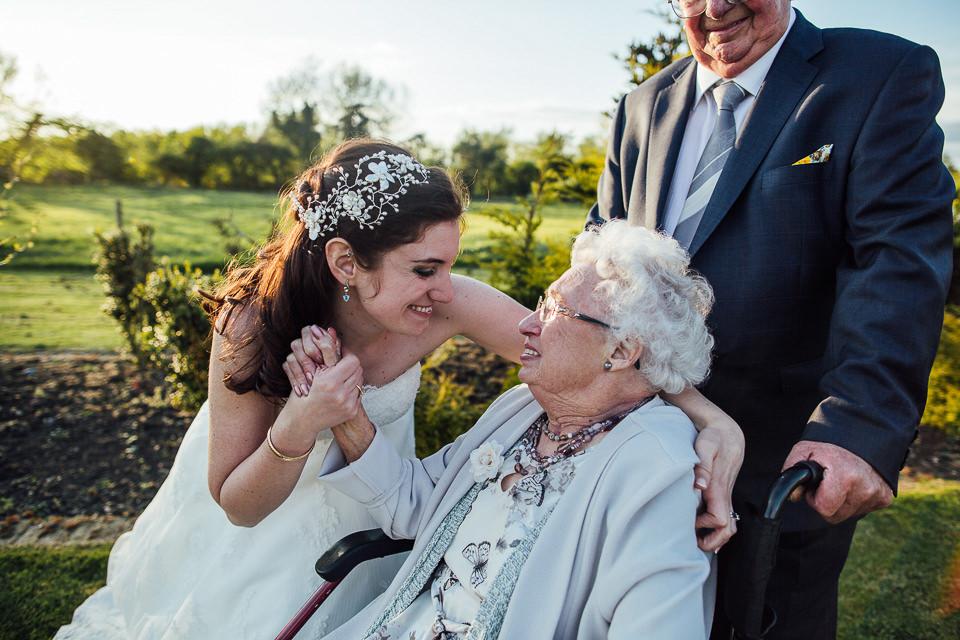 Best-wedding-photographer-Buckinghamshire036