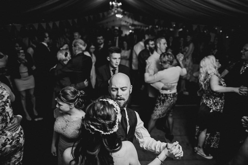Best-wedding-photographer-Buckinghamshire047