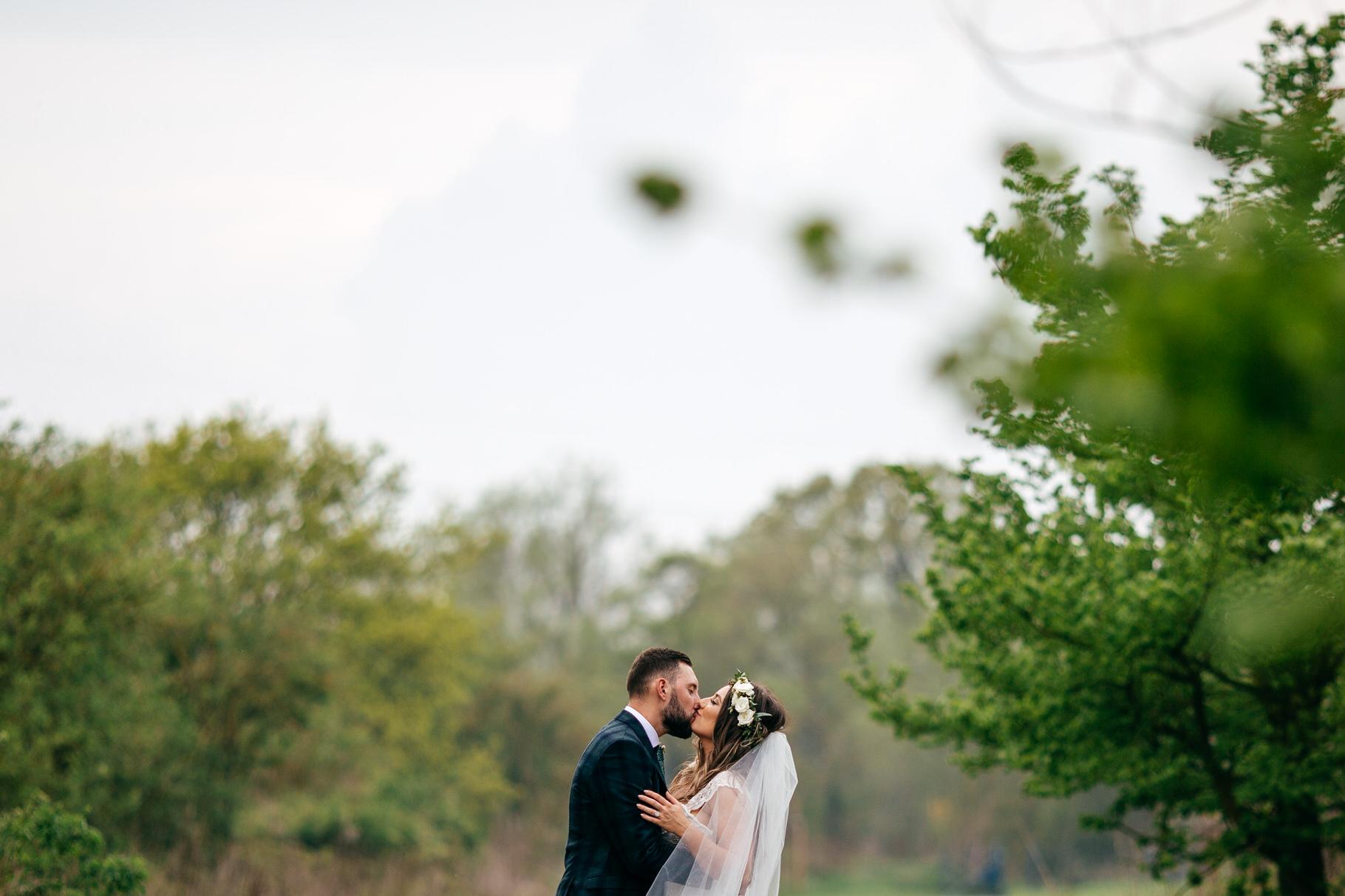 Shustoke-Farm-Barns-Wedding535