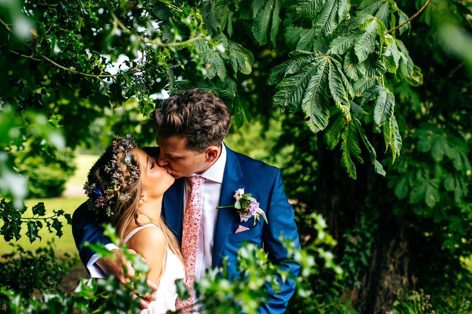 Preston-Court-Fun-Wedding-Photos415