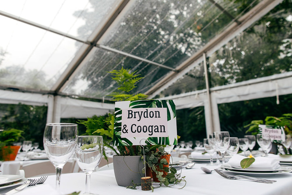 table-names-palm-leaves-jewish-wedding-london