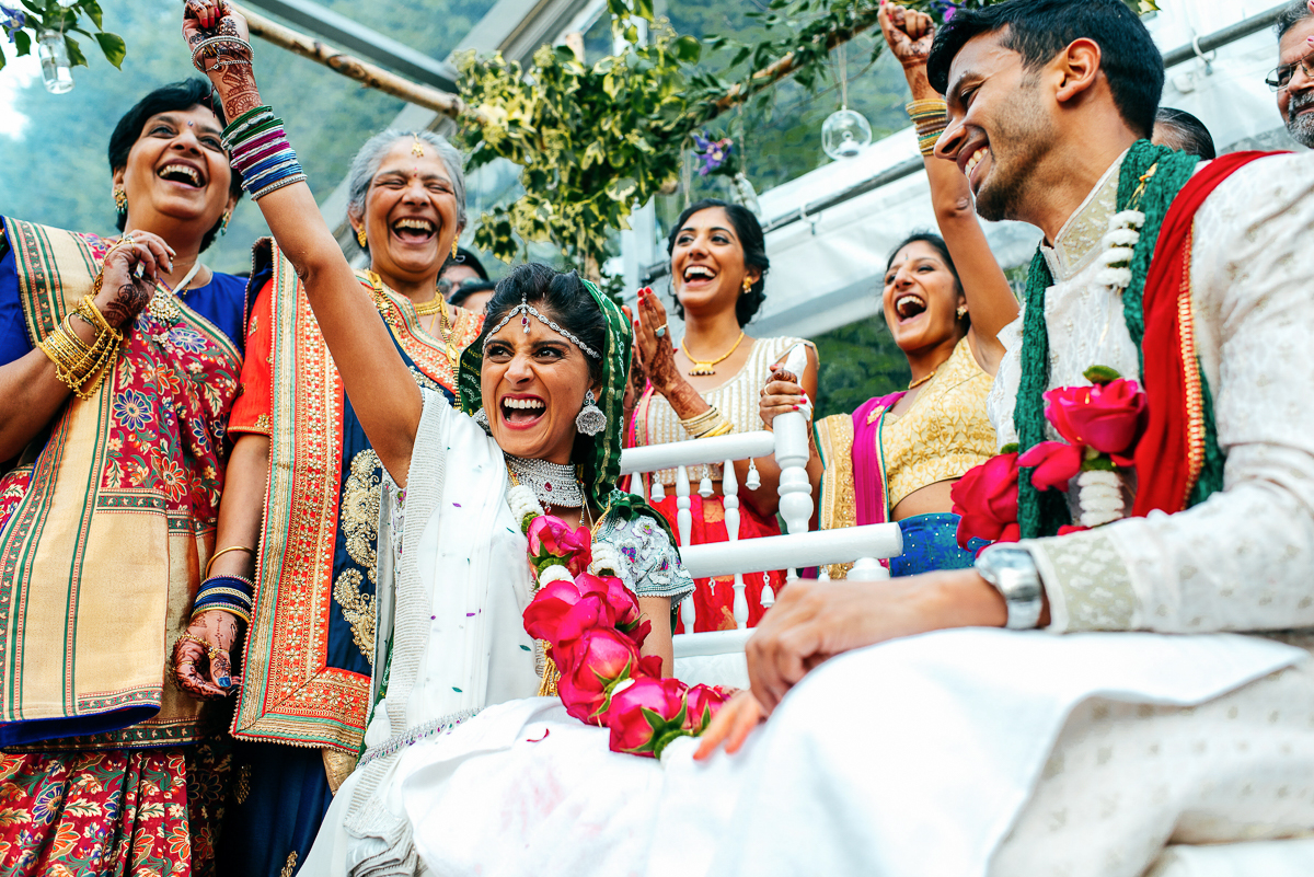 indian-wedding-ceremony-happy-bride-henna-jordanna-marston-photography