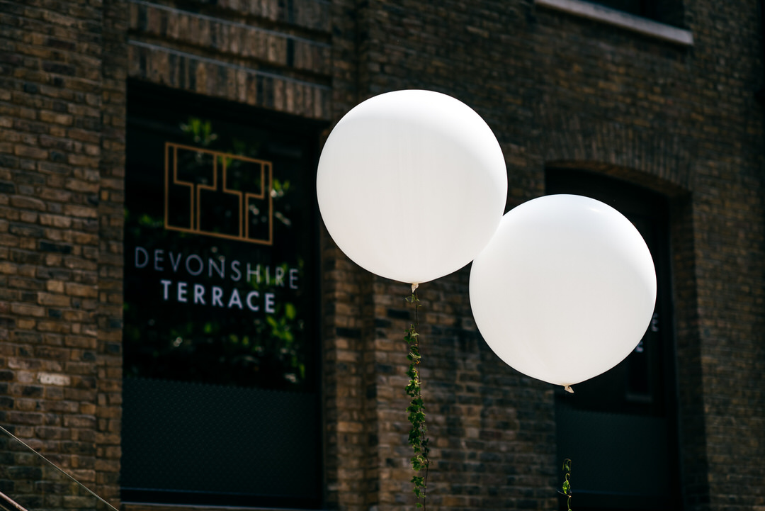 white-wedding-balloons-london-wedding-photography