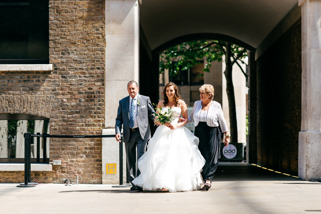 bride-arrives-with-parents-devonshire-terrace-wedding